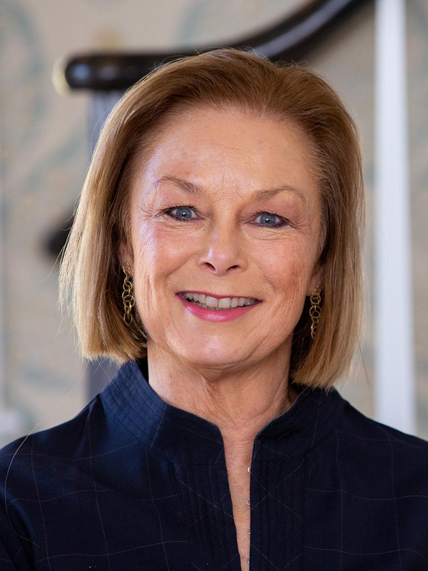 Gloria L Joseph