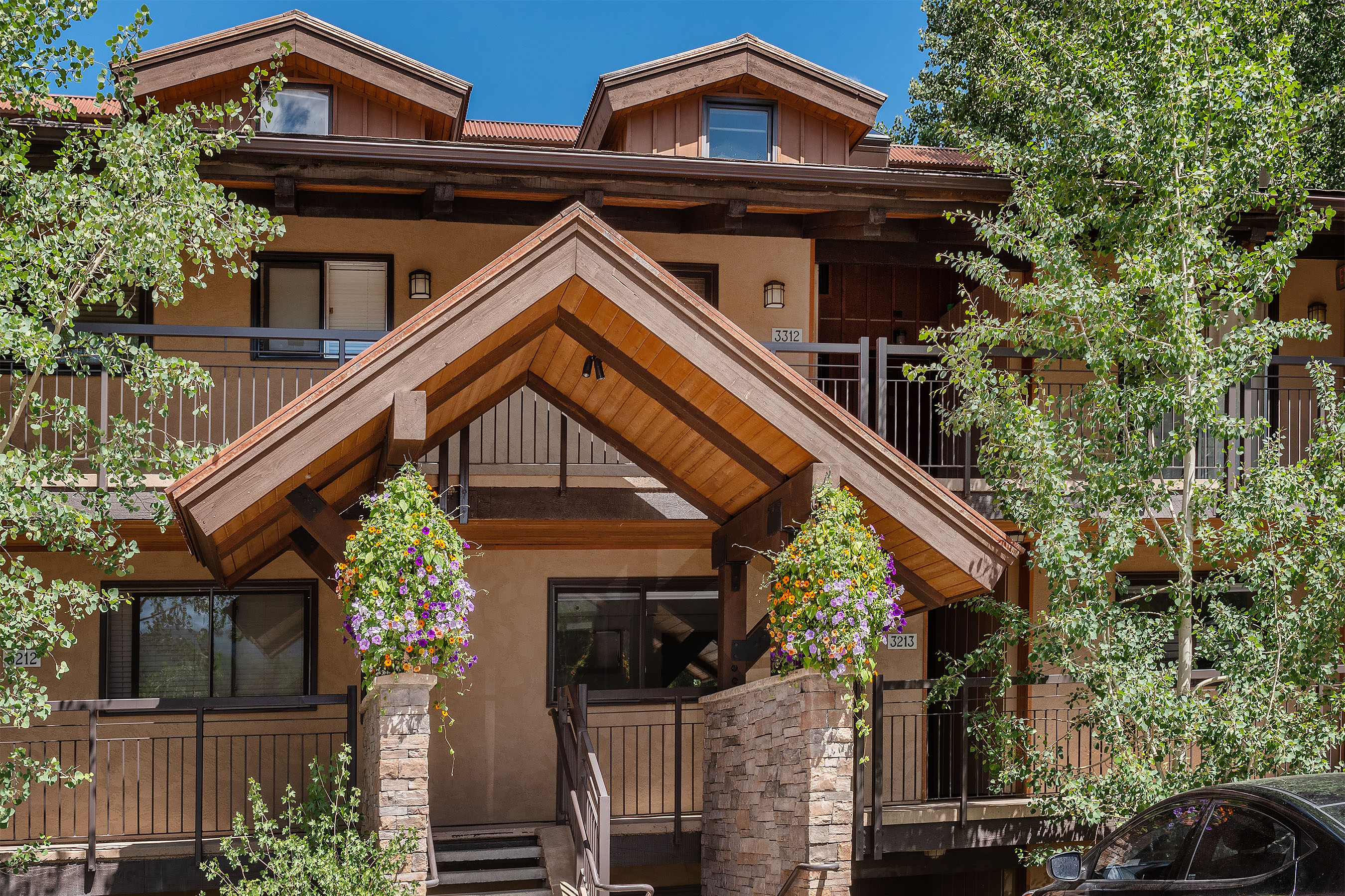 400 Wood Road, 3213 Snowmass Village Photo 18