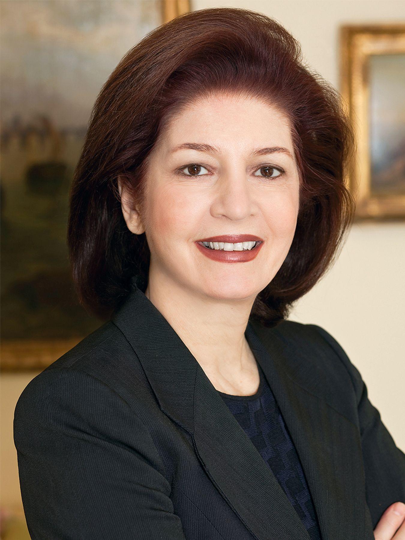 Louise C Beit