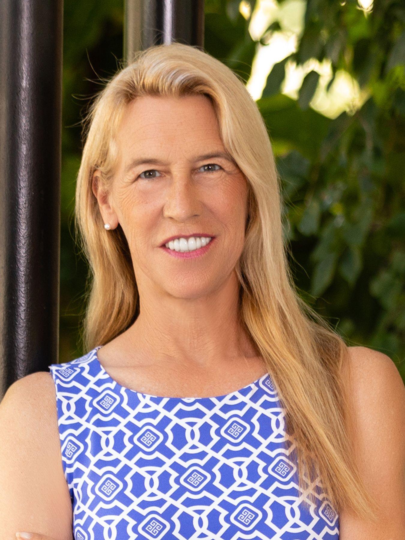 Heidi W Wicky