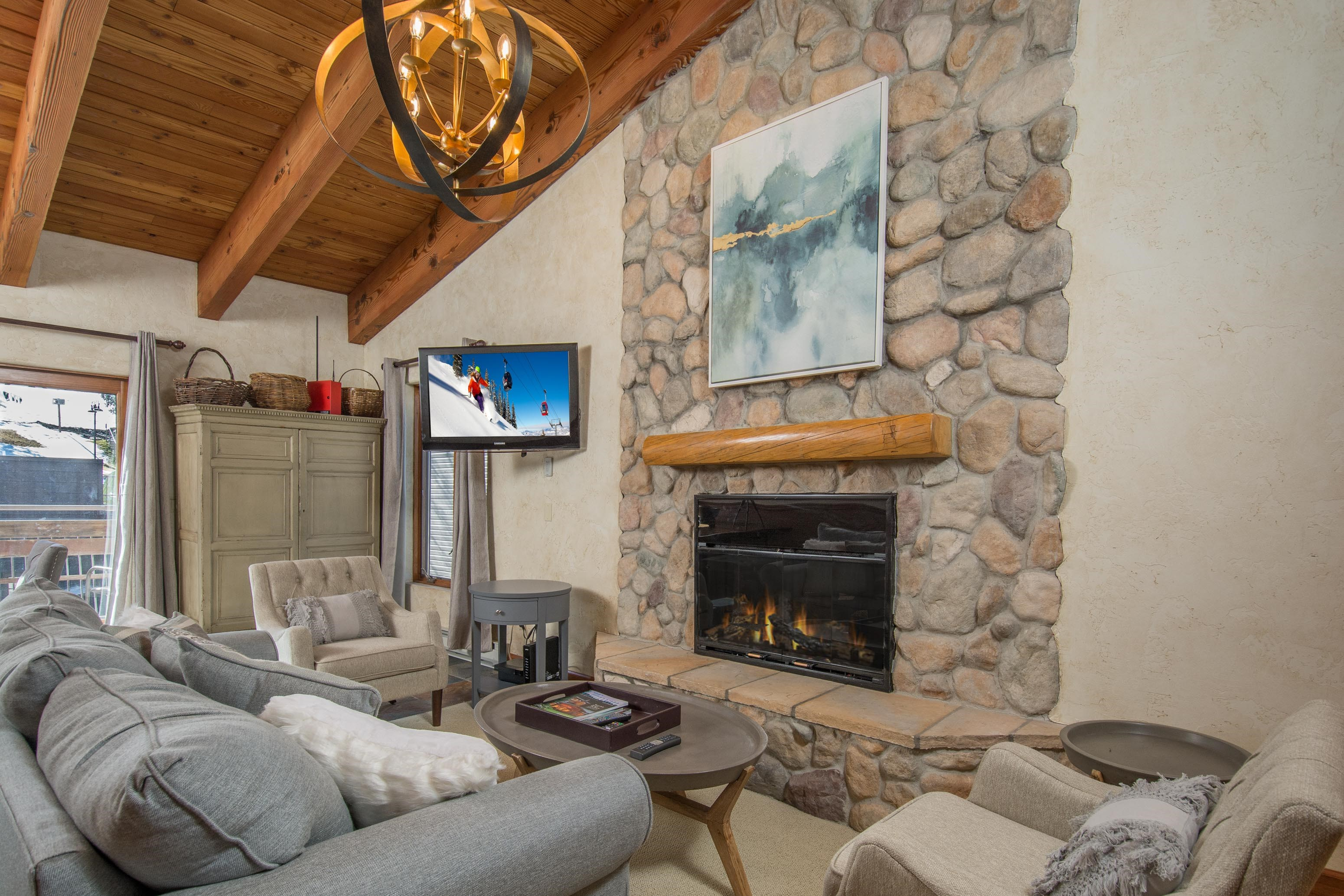 690 Carriage Way, Unit: 304 Snowmass Village Photo