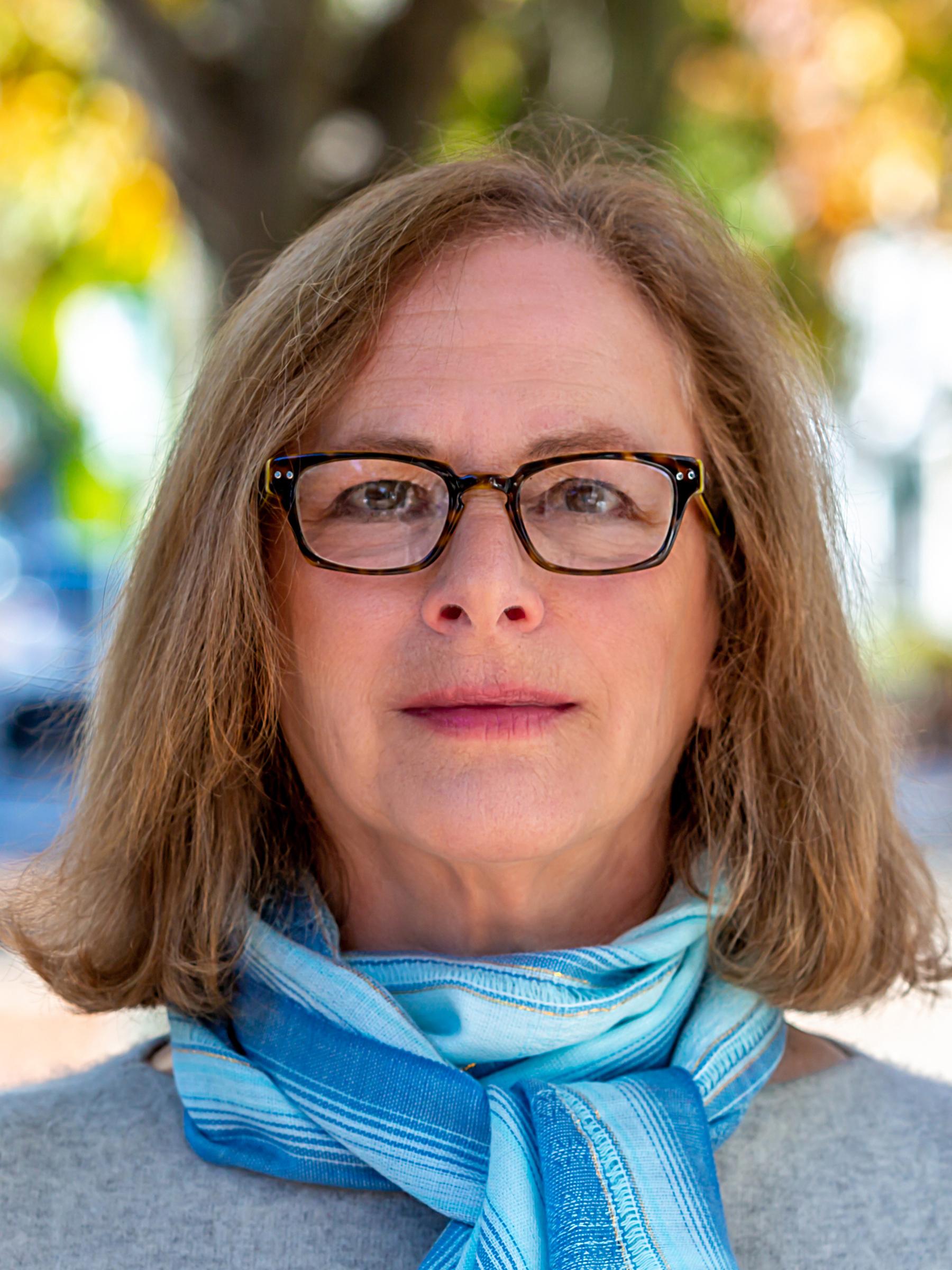 Barbara L Bornstein