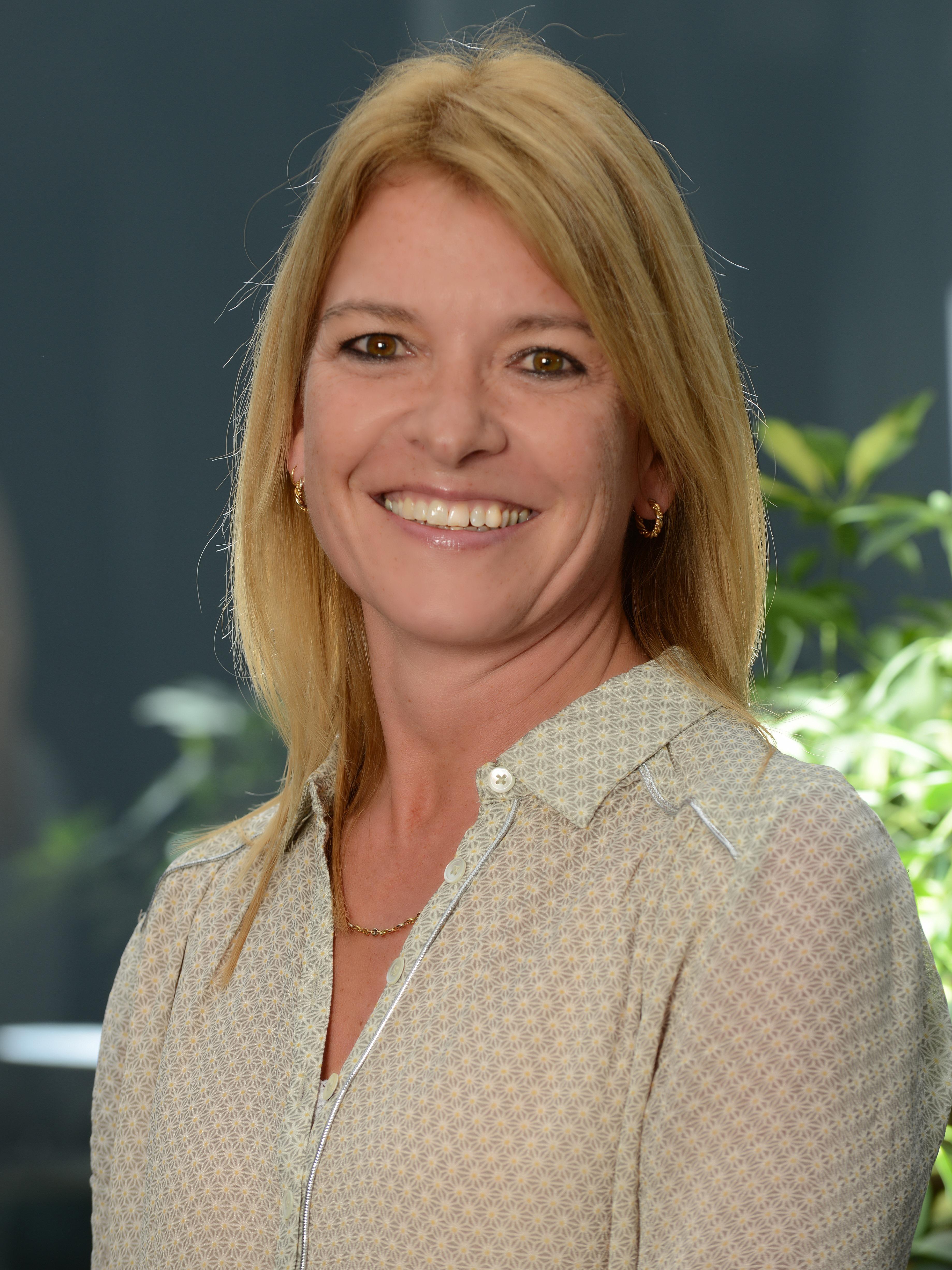 Yvonne Lorenzon