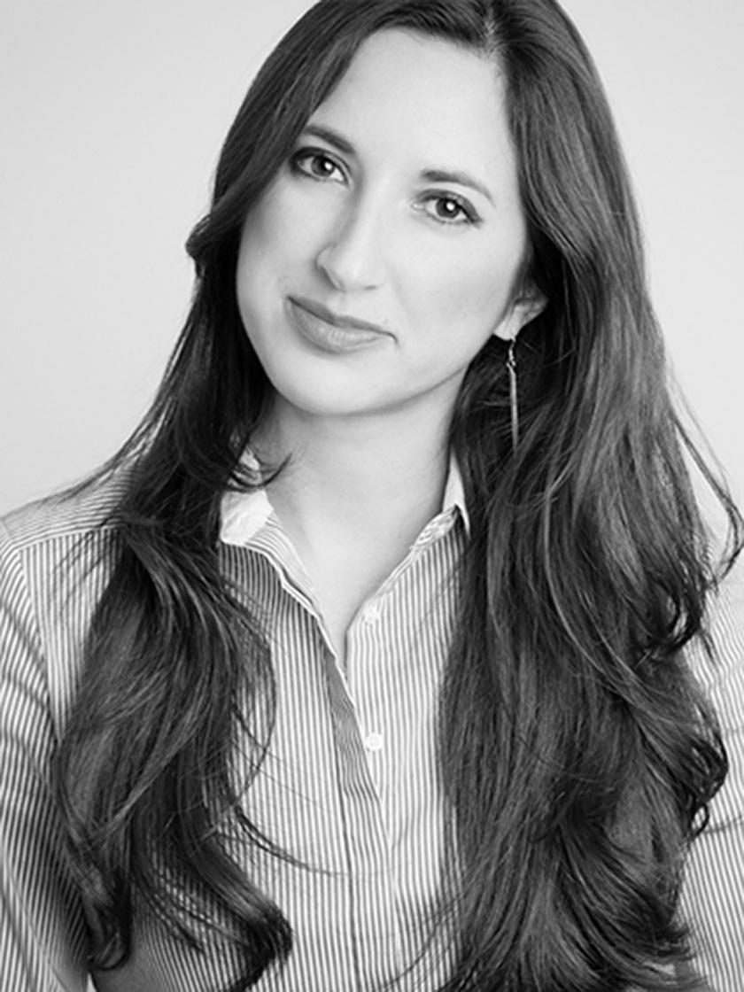 Elena Araya