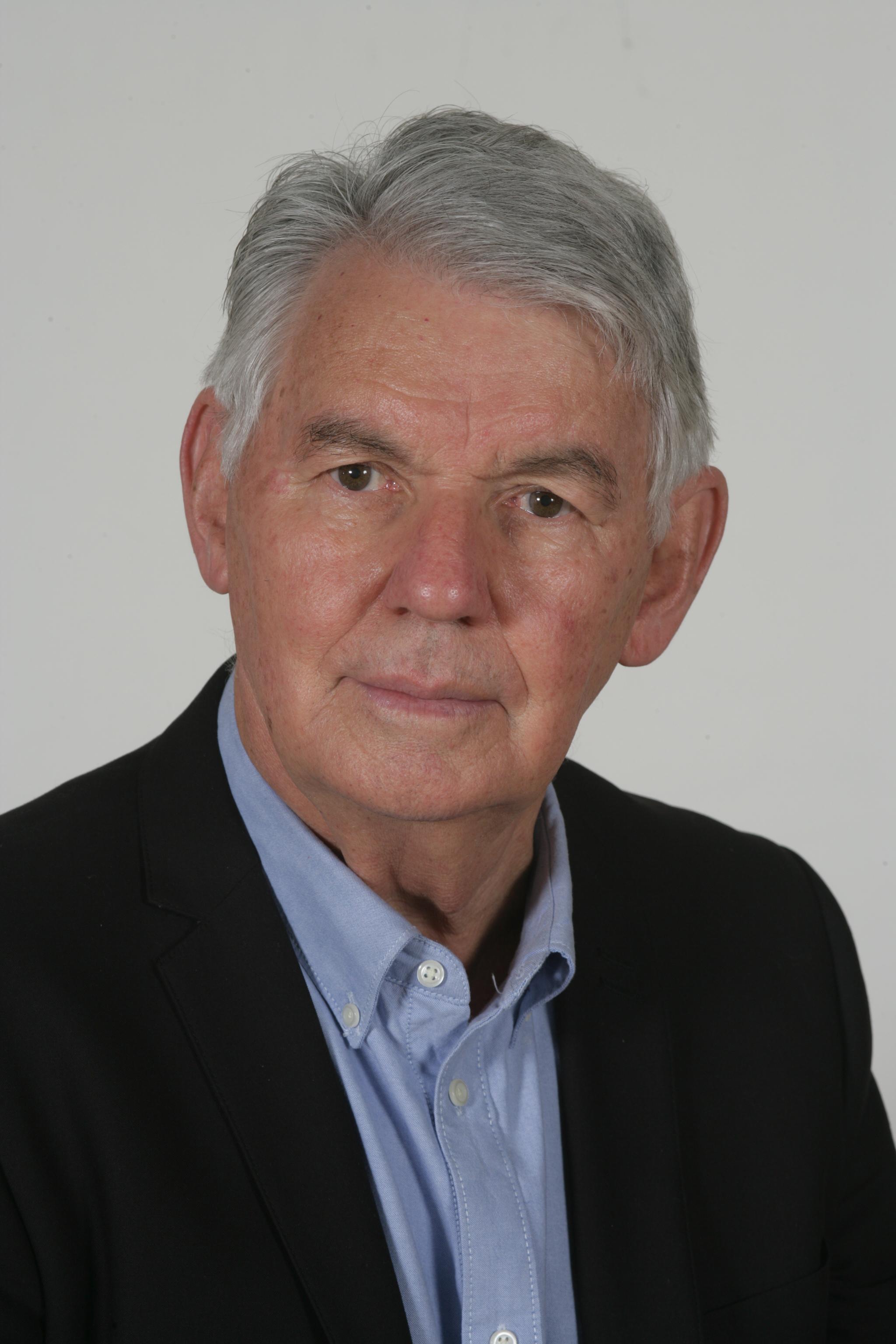Gert Bezuidenhout