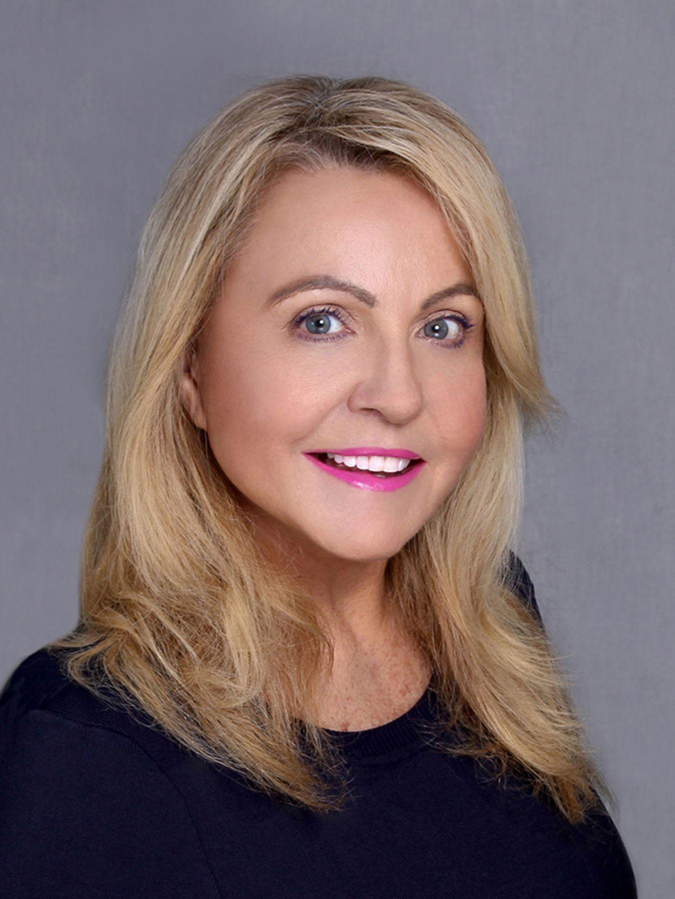 Carole Armstrong