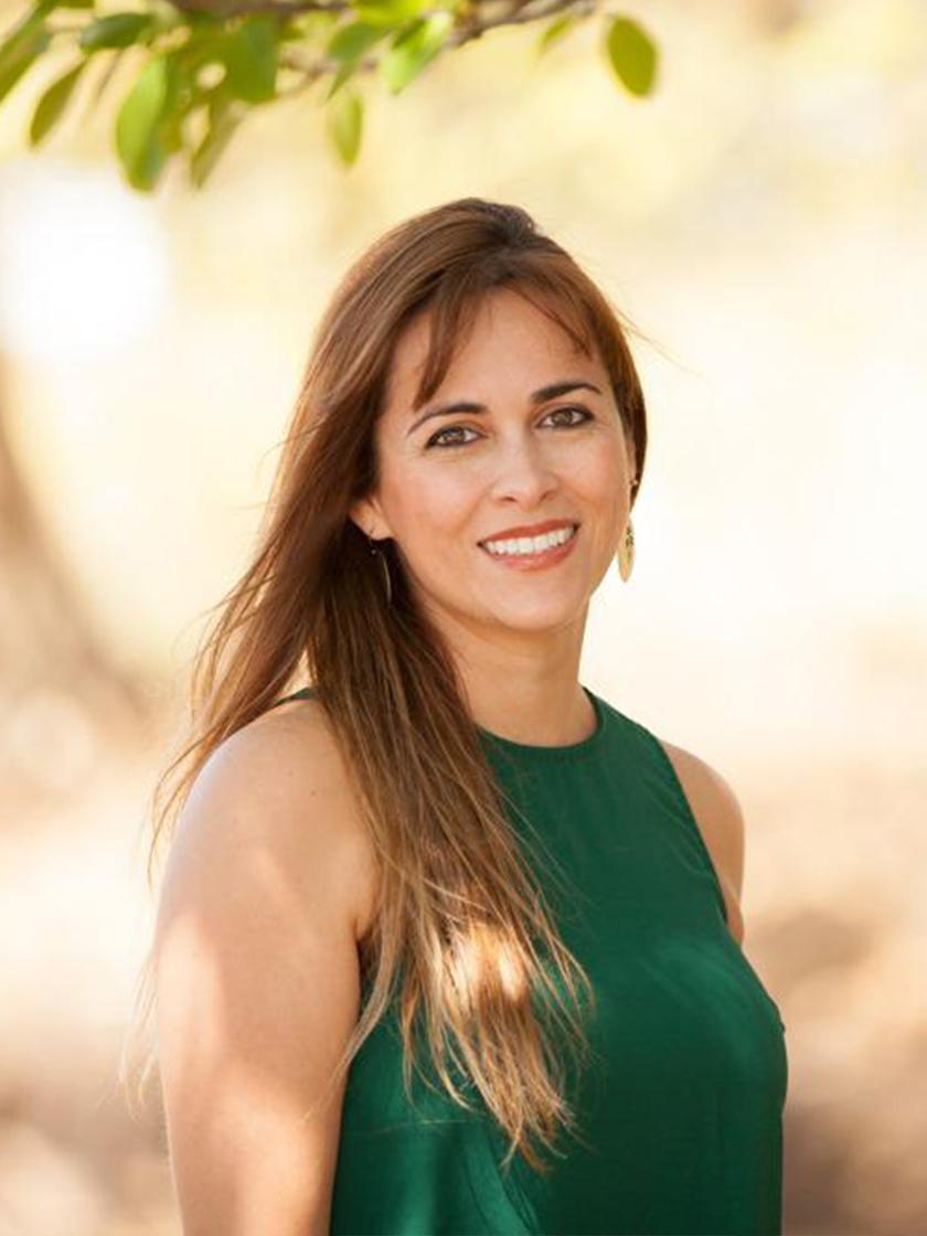 Laura  Trejos