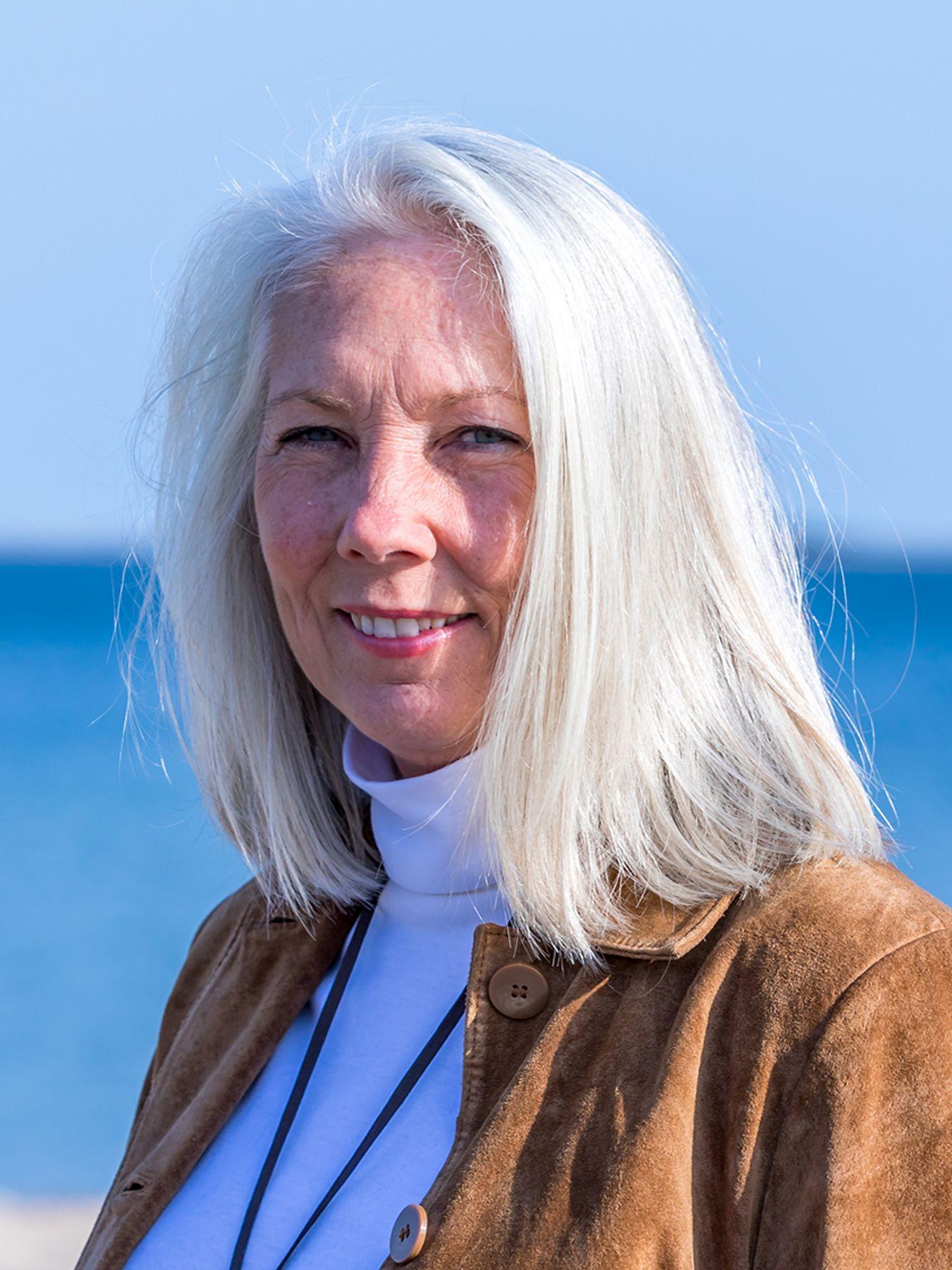Susan M Kelly Schmidgall
