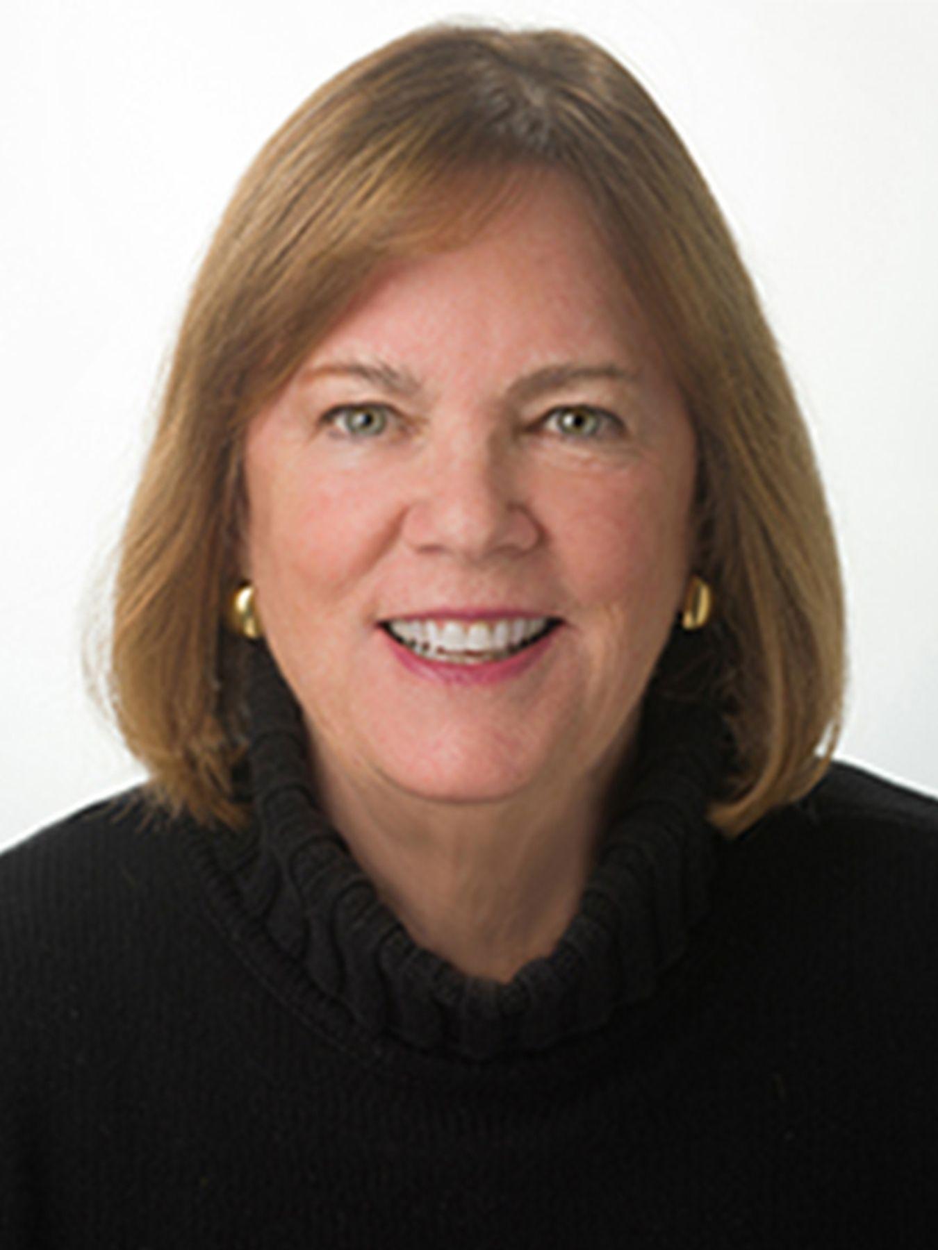 Amanda C Fry