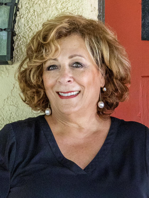 Claudia Barnett
