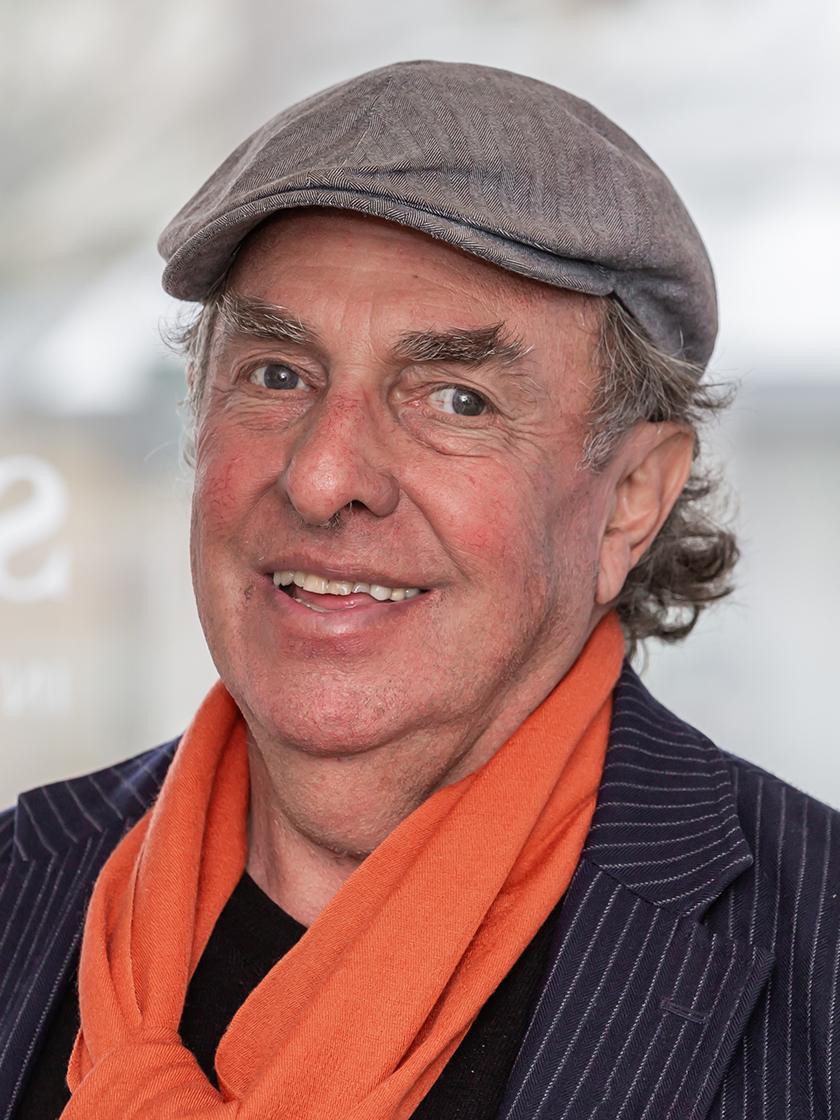 Neil G Hausig